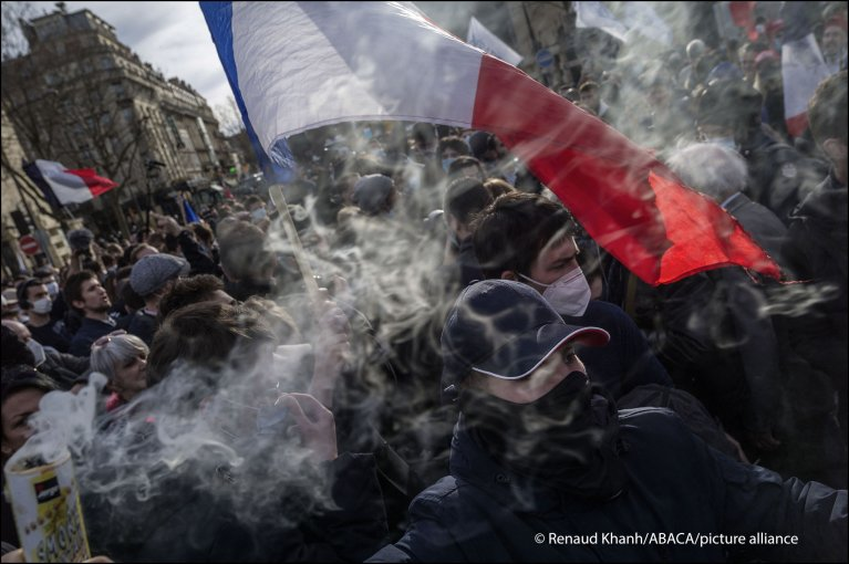 Rally of the Generation Identitaire against its dissolution at Place Denfert-Rochereau in Paris on 20 February 2021 | Photo: Picture-alliance/Renaud Khanh