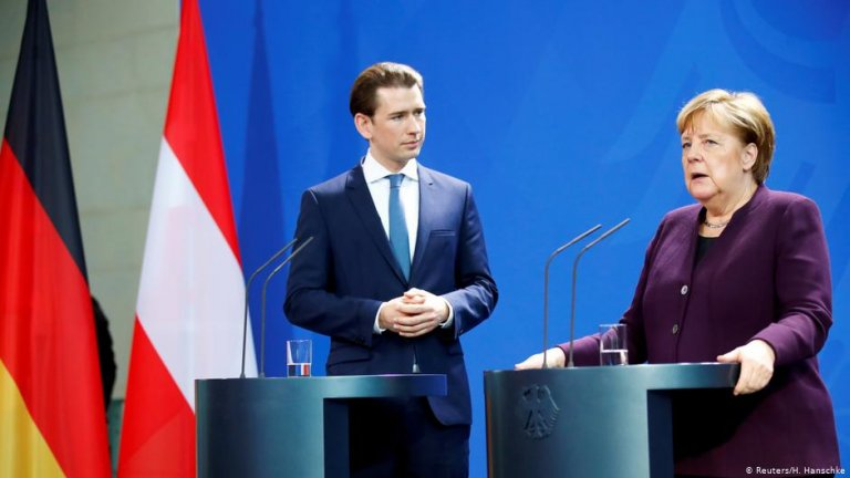 Sebastian Kurz and Angela Merkel | Photo: Reuters/H.Hanschke