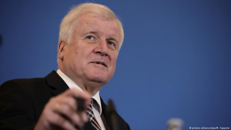 Germany's Interior Minister Horst Seehofer | Photo: picture-alliance/dpa/M. Kappeler