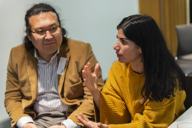 Ernest and Zozan discuss their ideas about podcasts during a seminar at The Guardian as part of the Refugee Journalism Project   Photo: Veronica Otero www.veronicaotero.uk
