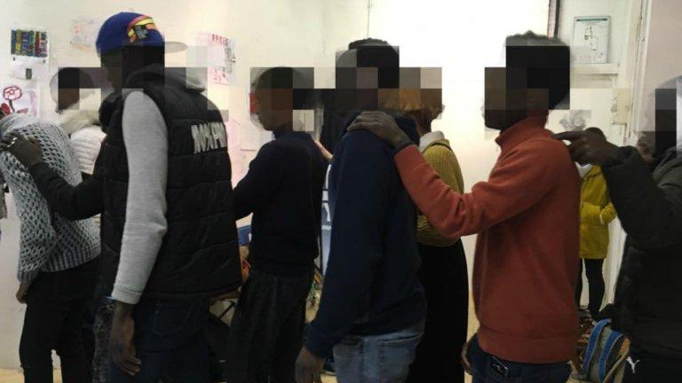 Ces jeunes déboutés de leur minorité sont hébergés temporairement en Seine-Saint-Denis par l'association Les Midis du Mie. Crédit : Facebook / Les Midis du Mie