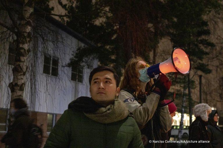 ارشيف انځور ـ ځوان افغانان او د هغوی ملاتړي په شتوکهولم کي د احتجاج پر وخت| Photo: Narciso Contreras/Anadolu Agency