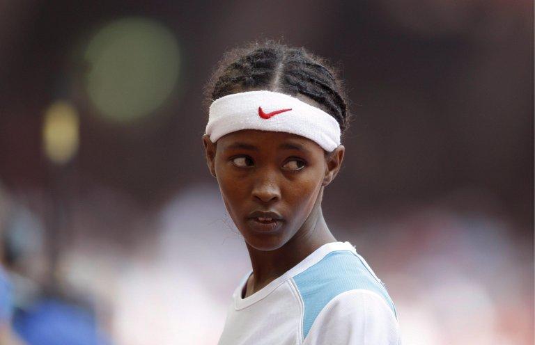 ANSA / العداءة الصومالية سامية يوسف عمر خلال مشاركتها في أولمبياد بكين في عام 2008. المصدر: إيه بي إيه/ كريم أوكتان.