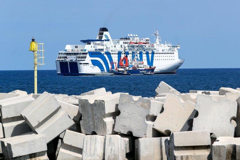 ANSA / سفينة الحجر الصحي (جي إن في) ترسو قبالة ميناء باليرمو الإيطالي في 2 أيلول / سبتمبر 2020. المصدر / أنسا، إجيور بيتيكس.