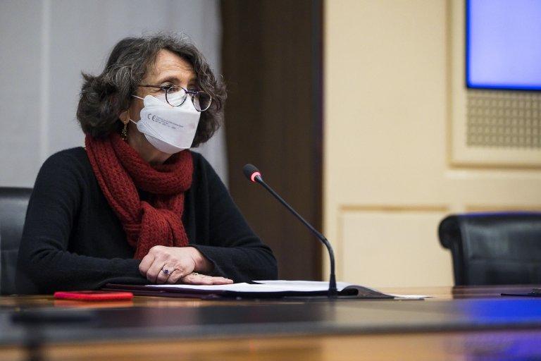 مارينا سيريني نائبة وزير الخارجية الإيطالي خلال اجتماع في مقر وزارة الخارجية. المصدر: أنسا/ أنجيلو كاركوني.