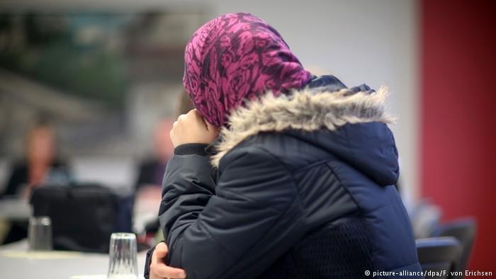 نساء يعشن بمفردهن في أوروبا
