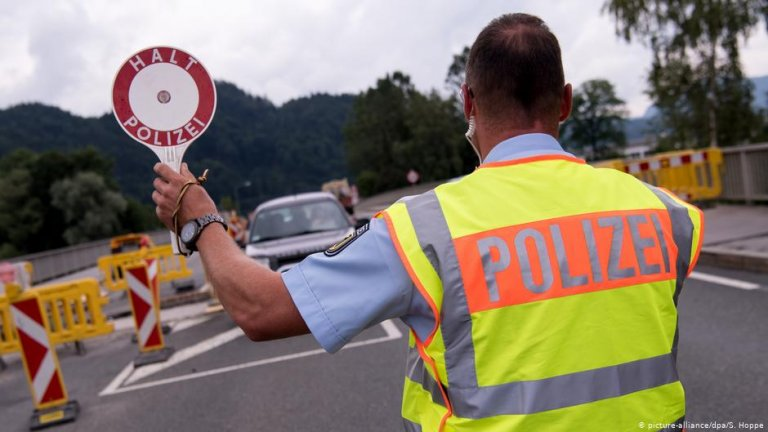 Border controls are rare in Germany, as the country is part of the EU's Schengen zone of free movement | Photo:S. Hoppe / Picture-alliance/dpa