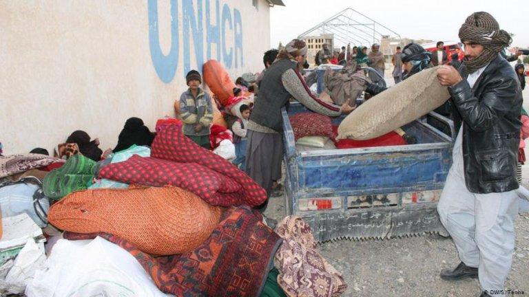 عکس از آرشیف/ در ده ماه سال روان حدود ۴۰۰ هزار مهاجر افغان به کشورشان بازگشت کرده اند.
