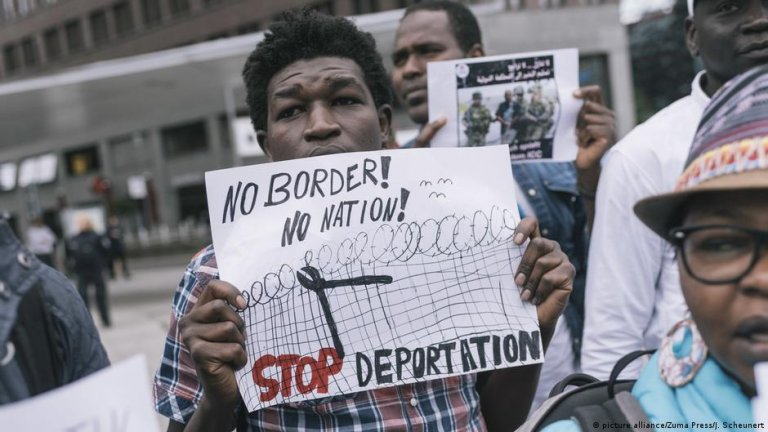 Activists have long called on Germany to halt deportations to conflict-ridden countries | Photo: picture-alliance/ZUMA Press/J.Scheunert