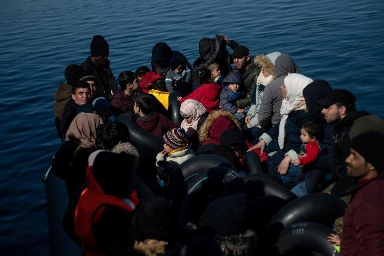 مهاجرون وصلوا ميناء ثيرمي على جزيرة ليسبوس شرقي بحر إيجه قادمين من تركيا. 1 آذار/مارس 2020. رويترز
