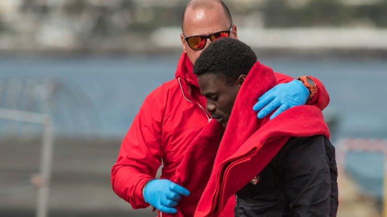 مهاجرون تم اعتراضهم قبالة سواحل جزر الكناري، 22 كانون الثاني / يناير 2020. المصدر/ رويترز-بورخا سواريز