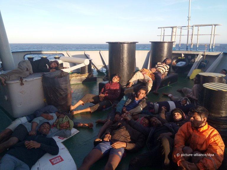 """À bord du Marina, la situation devenait """"critique"""". Crédit : Picture alliance"""