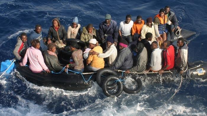 Migrants au large de l'Italie / picture alliance