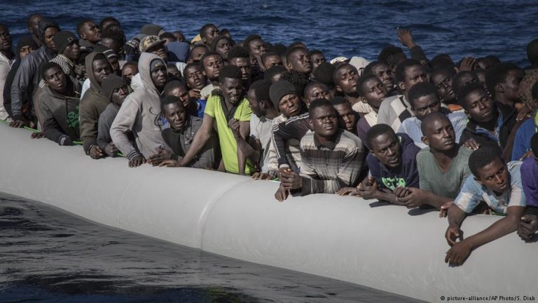 Migrants from West Africa in the Mediterranean off the coast of Libya | Photo: picture-alliance/AP Photo/S. Diab
