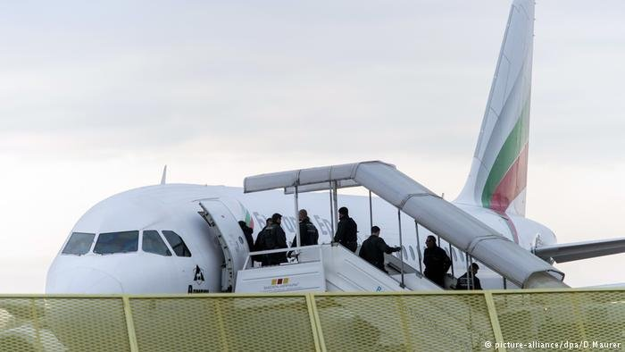 Deportations from Germany | Credit: picture-alliance/dpa/D. Maurer