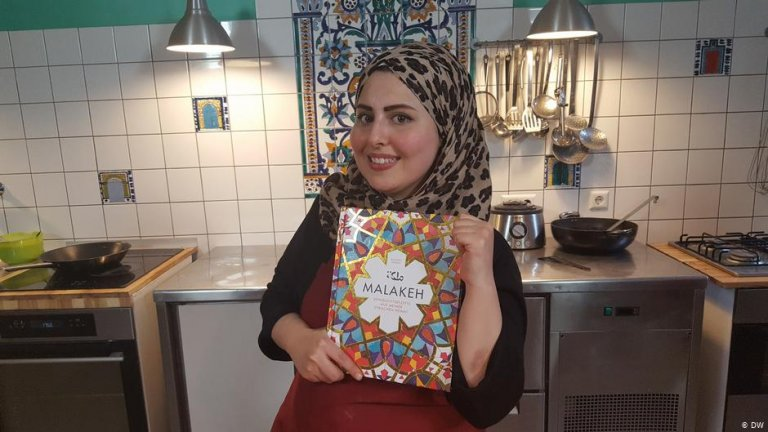 In 2017, Malakeh Jazmati published her cookbook with Syrian recipes | Photo: DW