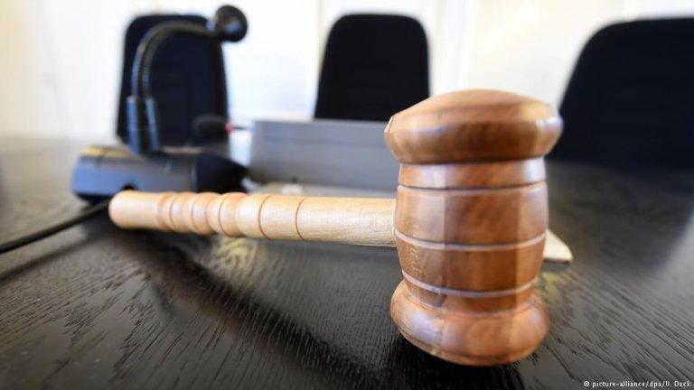 یک جوان افغان در پیوند به چاقوکشی در اتریش، به حبس ابد محکوم به مجازات شد.