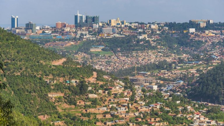The migrants will be settled at a transit center south of the Rwandan capital, Kigali   Photo: Imago/robertharding