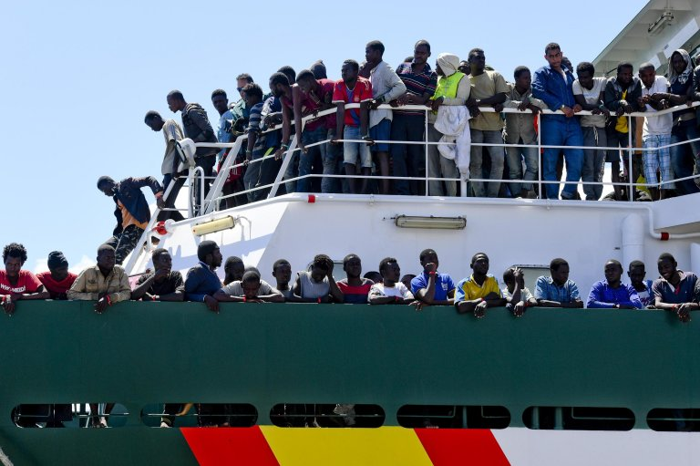 Migrants disembark from the Spanish ship 'Rio Segura' in the harbor of Salerno, Italy. Credit: ANSA/CIRO FUSCO
