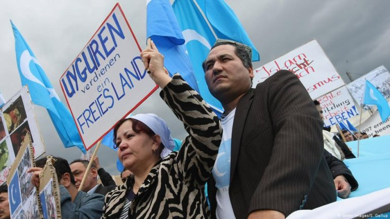 Uighurs protest in Berlin | Photo: Getty Images/S.Gallup