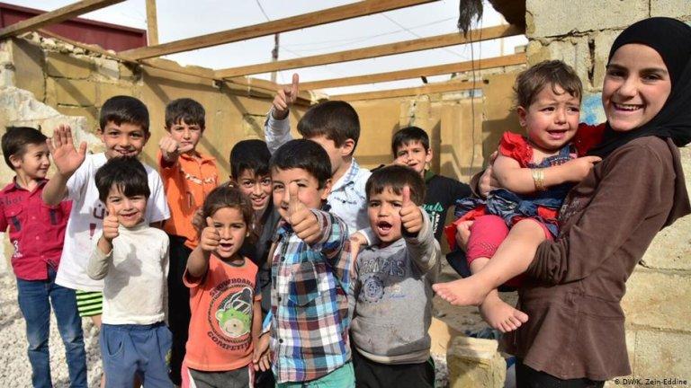 دفتر نمایندگی سازمان ملل در امور پناهندگان نسبت به نبود امکانات آموزشی کافی برای کودکان پناهجو در جهان ابراز نگرانی میکند.