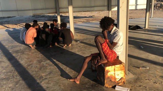 Image d'archives de migrants en Libye. Crédit : Reuters