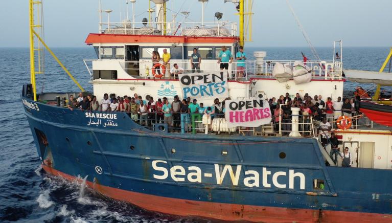 کشتی سی واچ در مدیترانه. عکس از صفحه تویتر