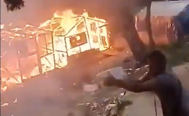 Screenshot of video footage showing fire at migrant camp on Samos on April 26, 2020 | Source: Twitter/MSF_Sea