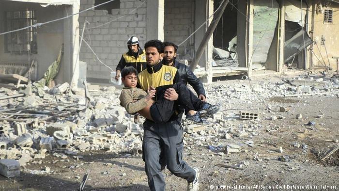 picture-alliance/AP/Syrian Civil Defense White Helmets