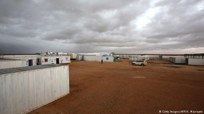Rukban refugee camp near the Jordanian border   Photo: Getty Images/AFP/K.Mazraawi