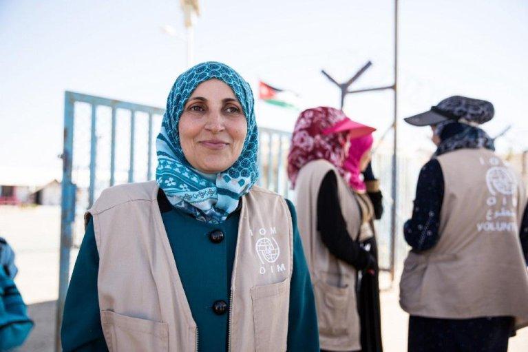 Ameena is a bus escort volunteer in the Azraq camp, Jordan. Photo   Amanda Nero/IOM