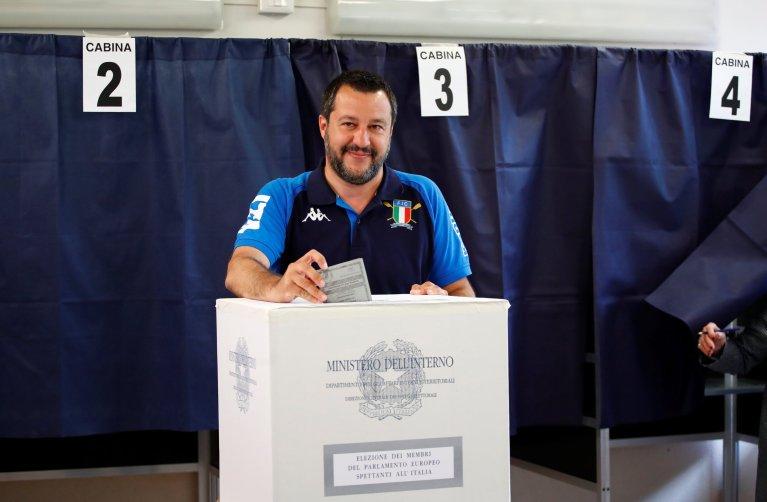 """حل حزب ماتيو سالفيني """"الرابطة"""" بالمرتبة الأولى في الانتخابات التشريعية الأوروبية في إيطاليا. رويترز"""
