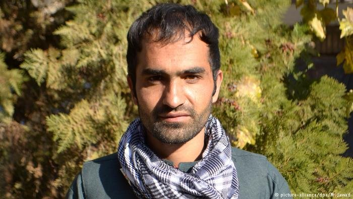 picture-alliance/dpa/M. Jawad |صورة اللاجئ الأفغاني حشمت الله.