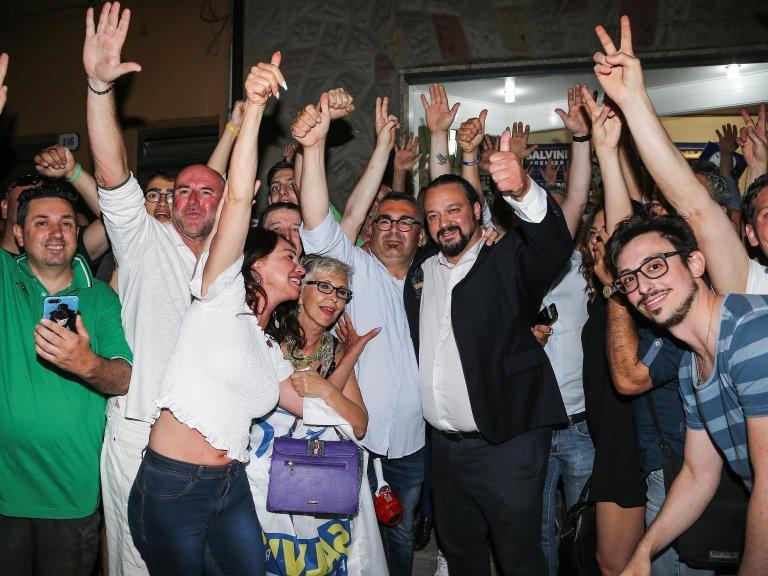 The mayor of Ferrara - center, with the blak jacket, - Alan Fabbri, celebrating his election, in June 2019   Photo: ANSA/GIAN LUCA TEODORINI