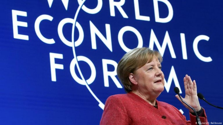 Angela Merkel at the World Economic Forum | Photo: Reuters/D. Balibouse