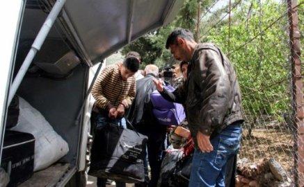 AR NW  PKG  EVACUATION DES REFUGIES SYRIENS AU LIBAN