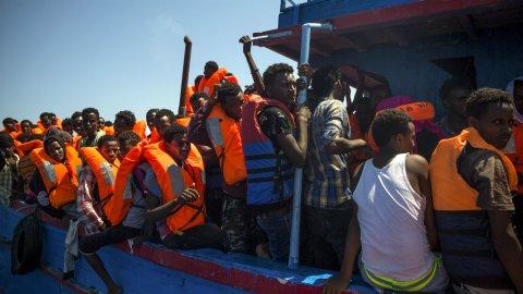 Des dizaines de corps de migrants repêchés au large de la Tunisie