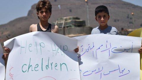 الأردن مساعدات للنازحين السوريين