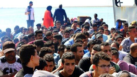 أبرز ما جاء في قانون الهجرة الفرنسي الجديد