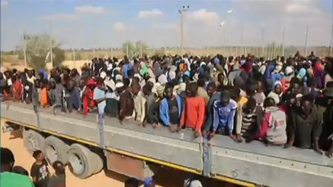 مقتل مهاجرين  في ليبيا