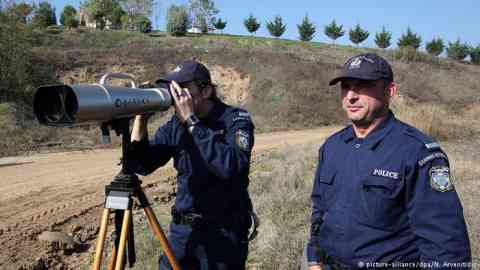 Since 2015, Frontex has been highly active at the Greek-Turkish border   Photo: Picture-alliance